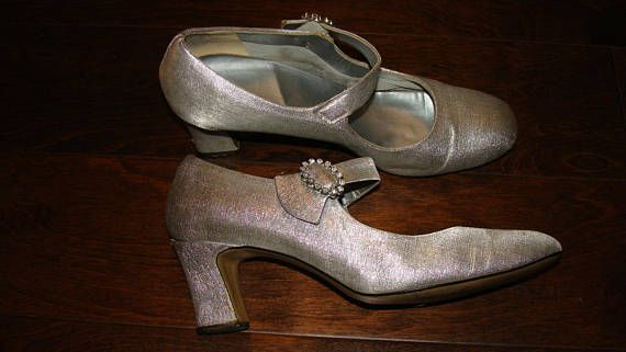 Lady Carrie Originals Silver Slipper Ladies Shoes Mary Jane