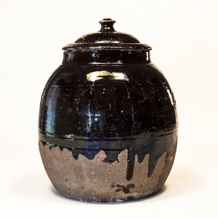 Albarella con coperchio di forma ovoidale #terrecotte #fratterosa #terrecotte #ceramica #concorso #unmuseochecresce