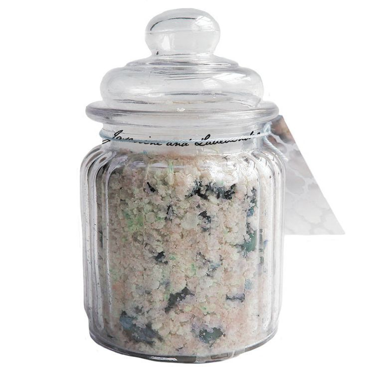 A relaxing blend of therapeutic salts to cleanse & detoxify your mind & body. These salts are a natural remedy to soften skin and relaxes tired and achy muscles while promoting a deeper, better night'