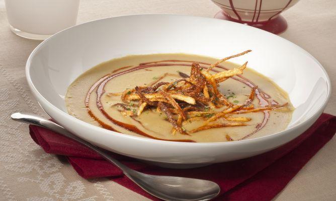 Receta de Crema de lentejas al curry con patatas paja