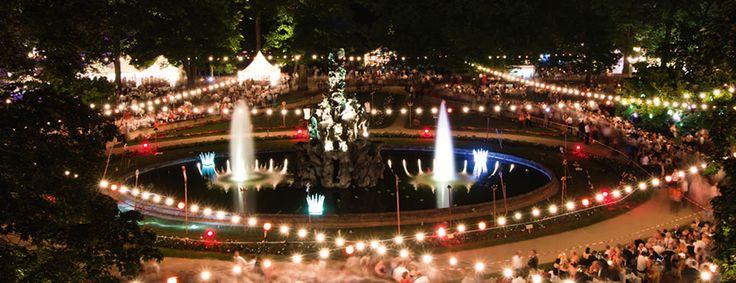 ACHTUNG: Auf Grund der ungünstigen Wetterprognose für Morgen wurde das Schlossgartenfest auf nächsten Samstag, den 2. Juli, verschoben! Die Karten behalten ihre Gültigkeit. (Bild: Michael Bürger)