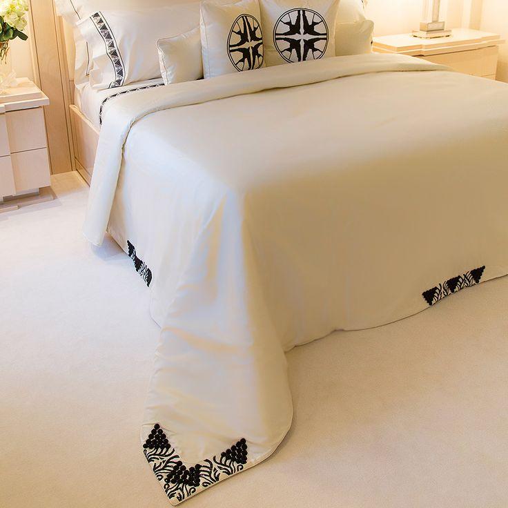 Couvre-lit perlé Raisins | Soie, perlé, matelas 180 x 200 ou 200 x 200 cm | Interior Design Lalique