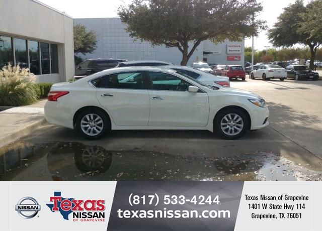 Congratulations Robert On Your Nissan Altima From Isaias Hernandez At Texas Nissan Of Grapevine Https Deliverymaxx Com Dealerre Nissan Altima Grape Vines