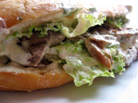 Kebab avec restes d'agneau + recette sauce blanche