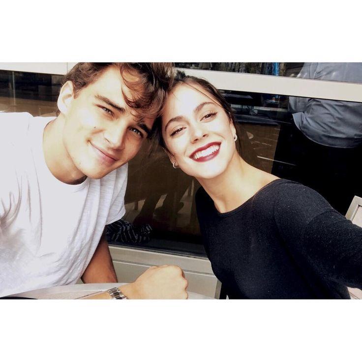 "Tini Stoessel (@tinitastoessel) en Instagram: ""Feliz cumpleaños mi amor. Te amo con todo mi corazón❤️"""
