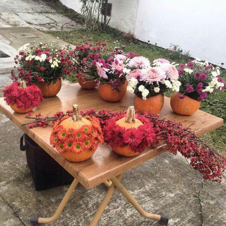 flowers pumpkins decorations