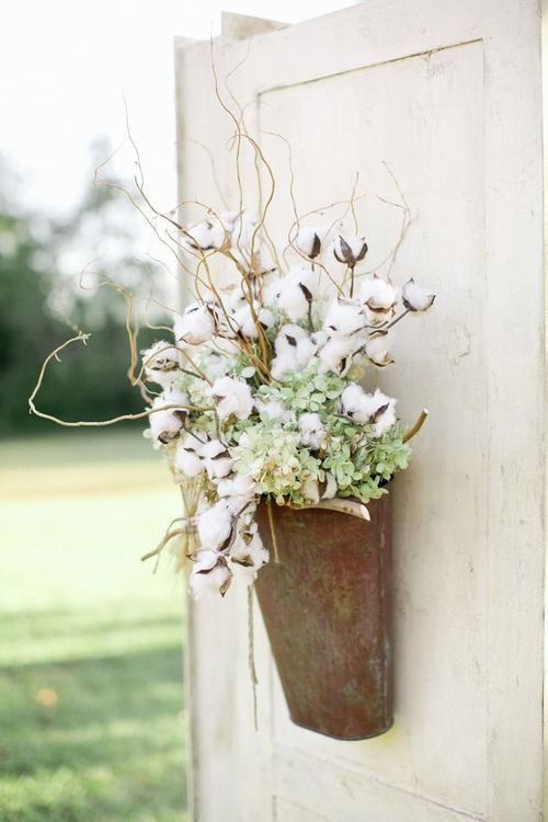 Luv the cotton sprigs.