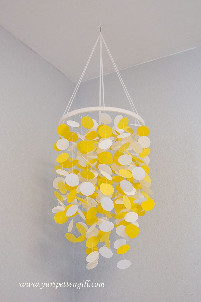 159 best images about yellow nursery on pinterest twin for Baby shapes mobile