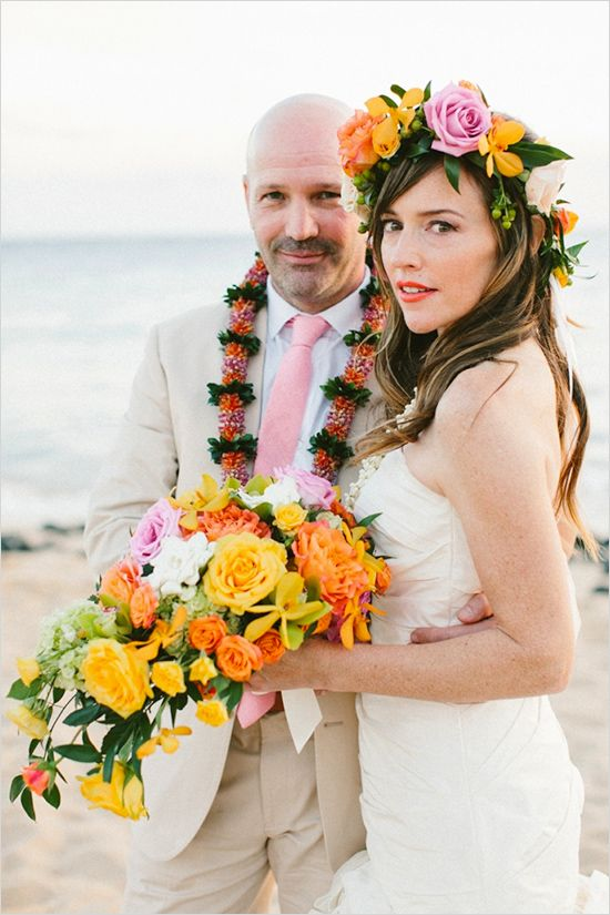 elegant Hawaiian Wedding #destinationwedding #hawaii #weddingchicks http://www.weddingchicks.com/2014/04/23/destination-hawaiian-wedding/