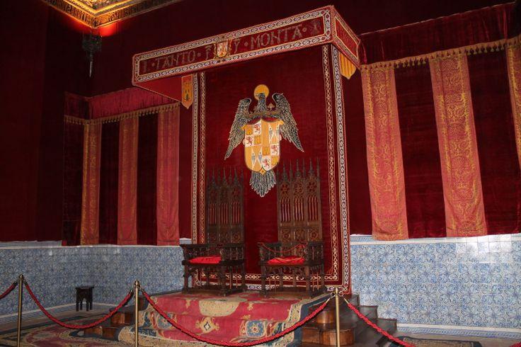 Tronos de los Reyes Católicos en el Alcázar de Segovia