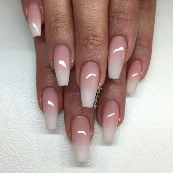 I just got my nails done like these but with some crystals. This technique is called baby boomer with coffin shaped nails✨