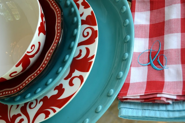 Turquoise and Red Tablescape.  I think I am falling in .love with this color scheme  ;)
