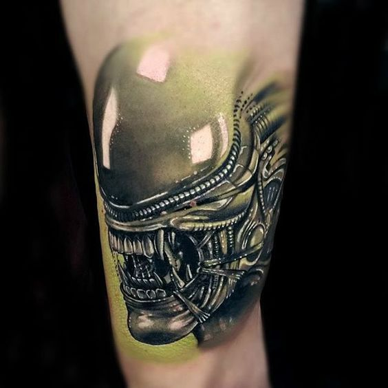 Alien Tattoos: Alien Tattoo Close-up