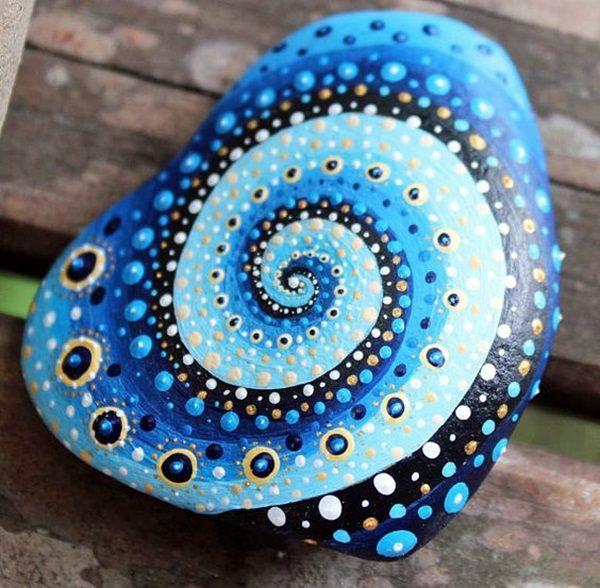 DIY Mandala Stone Patterns To Copy (24)