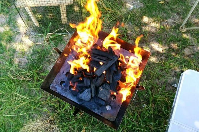 バーベキューの火おこしは、食材を美味しくグリルするのに必須なテクニックです。簡単で効率的な火おこし技5選をご紹介!今年こそバーベキューで手間なく火おこしを成功させたい方、この火おこしテクニックがわかれば、いつでも火おこし名人になれます!