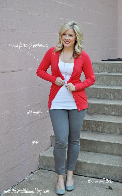 The Small Things Blog: I love this blog for her hair styles and clothing ideas..... If I ever try skinny jeans!