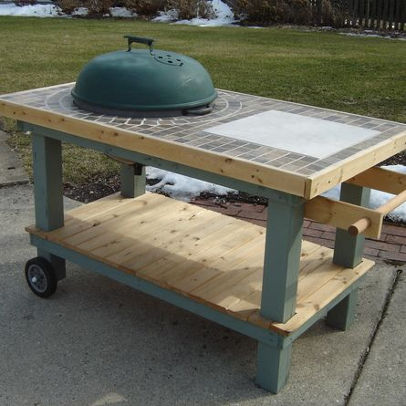 Using wood from old skids and castoff futon frame, this reader built a new cart for his kettle grill. | thisoldhouse.com/yourTOH