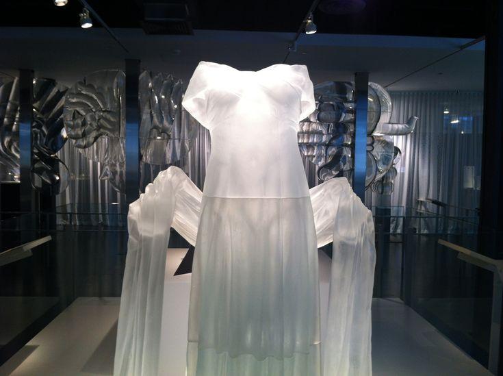 El mundo mágico del vidrio en Corning.  La muestra se ofrece en el Museo del vidrio de Corning,