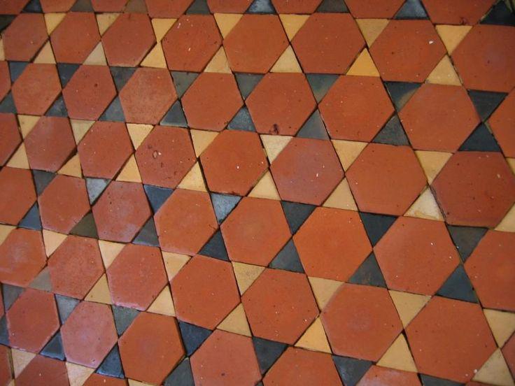25 best ideas about carrelage ancien on pinterest for Carrelage hexagonal noir