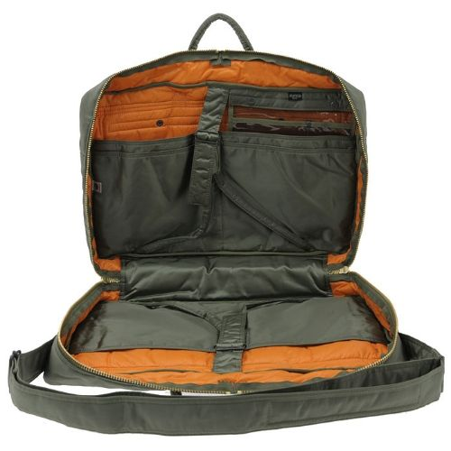 Porter Tanker 2Way Boston Bag (S). Product No.:622-09317. Outside: Nylon twill (bonding finish on polyester side)/Inside: Nylon taffeta. W560/H360/D140. Available in Black, Silver Gray, Khaki
