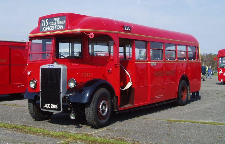 London Transport - 1949 Leyland Tiger PS1 bus