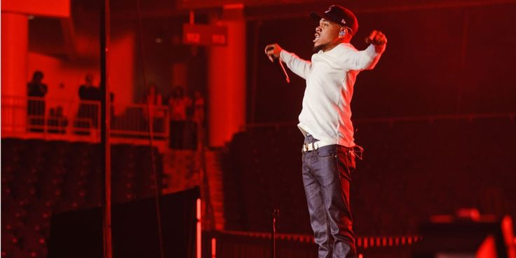 Chance The Rapper Hosts and Performs on SNL #thatdope #sneakers #luxury #dope #fashion #trending
