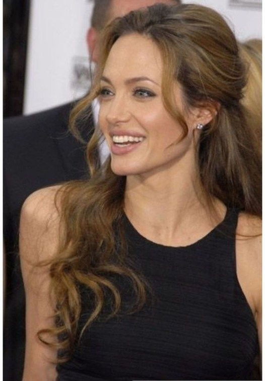 Impressive Natural Make Ideas Suitable For Brunette 17 Angelina Jolie Hair Angelina Jolie Makeup Angelina Jolie Style