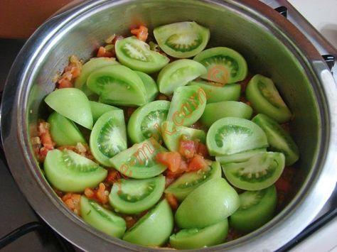 Pirinçli Yeşil Domates Yemeği Resmi