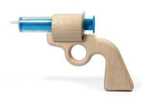 Image of Aqua Joe - die erste Wasserpistole aus Holz!