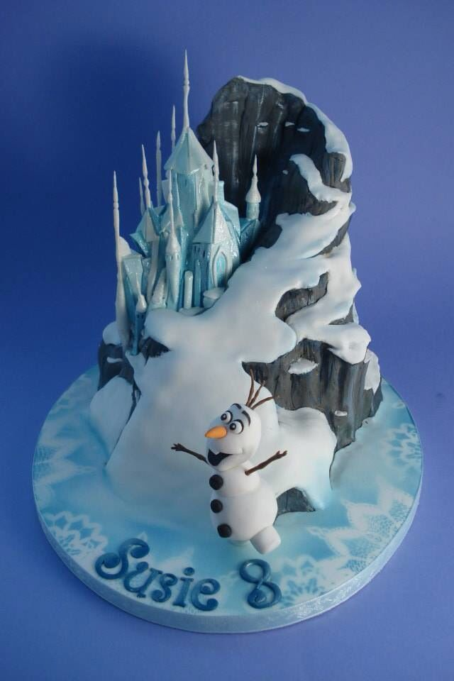 Danni's Cakes | Frozen Cake- maybe use Disney infinity figures instead of olaf?