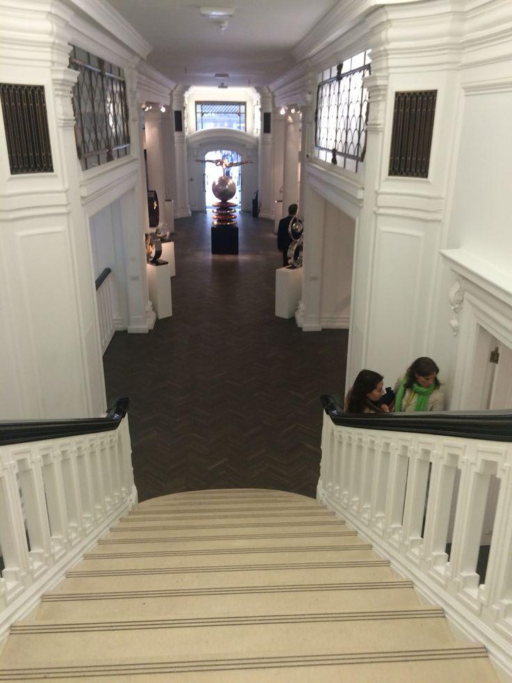25th - Art Gallery's in London