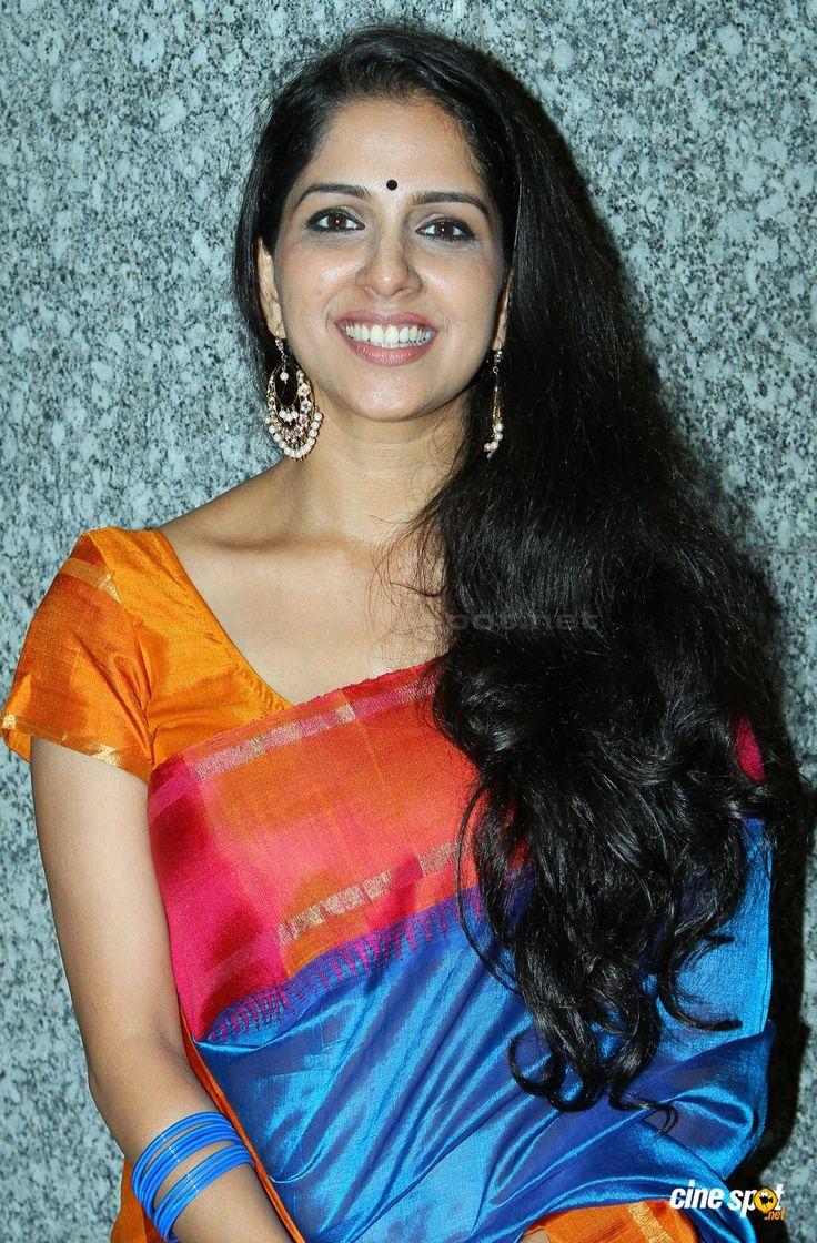 Aparna Nair in saree