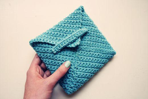 Crocheted Envelope: Envelopes Patterns, Envelope Patterns, Knits Crochet, Envelopes Tutorials, Sheepish Girls, Tutorials Crochet, Crochet Patterns, Crochet Envelopes, Crochet Idea