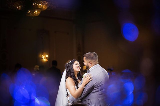 Lisa and Justin had a memorable wedding day! It was a perfect fairytale story!  #luminous_weddings #thisiswhatlovelookslike       #weddinginspiration #weddinginspo #weddingideas #theknot #weddingplanner #weddingplanning #weddingdetails #destinationwedding #stylemepretty #weddingdecor #weddingphotographer #weddingphotography #weddingflowers #weddingstyle #instawedding #luxurywedding #torontowedding #bridalinspo #torontoweddingphotographer #engaged #junebugweddings #greenweddingshoes…