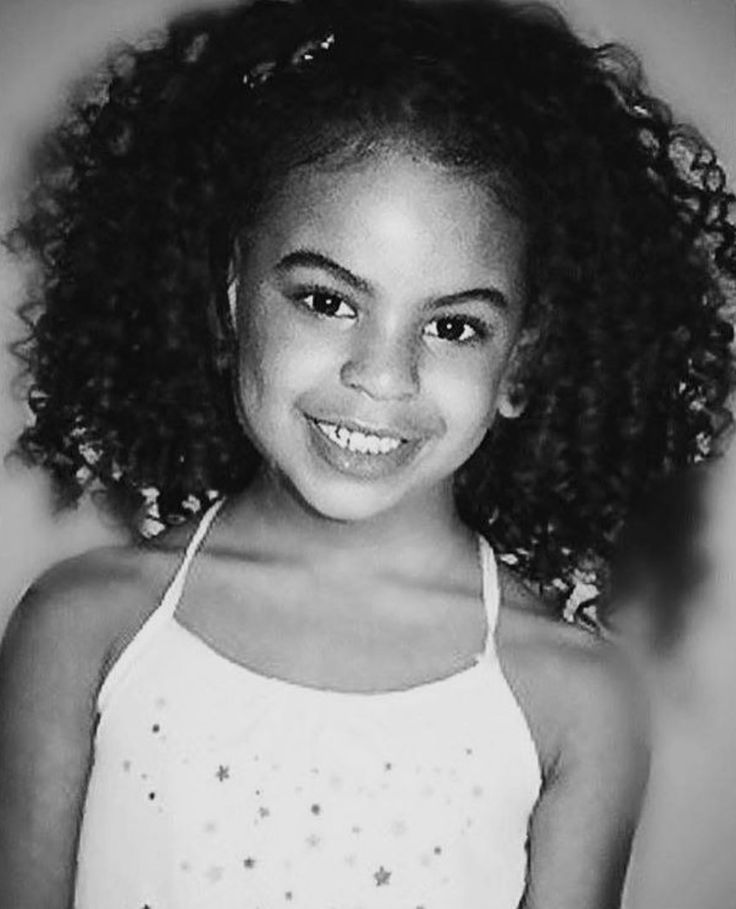 Beyonce's and Jay Z's Daughter BLUE IVY . . . She Looks EXACTLY Like Her Mama!! She's So Pretty!