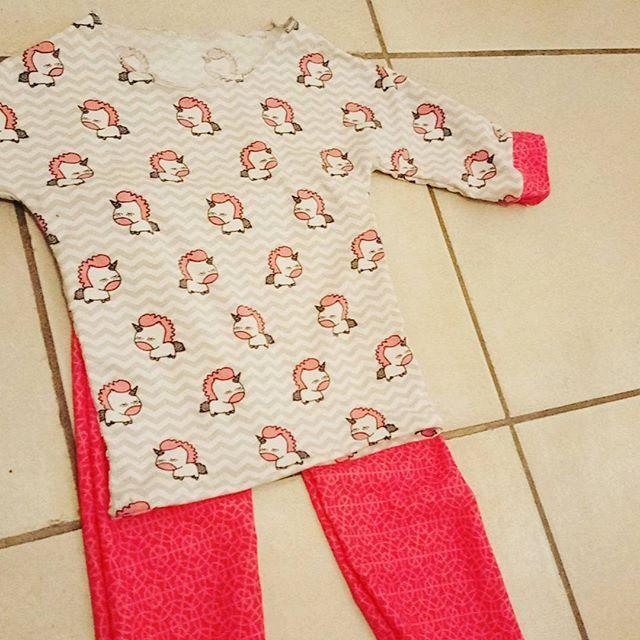 Je continue avec mes #jersey #idcreativesrennes et un pyjama #licornes  pour ma mini. Vivement demain qu'elle le voit. #coutureaddict
