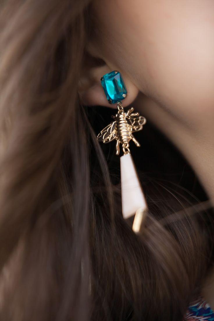 BLUE LOOK   Glam & Curvy