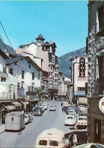 Andorra - 99 Andorra La Vella - Avinguada de Meritxell