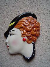Rašeliniště s keramikou ve stylu Art Deco Lady maska Wall plaketu - hnědé vlasy - Cilla