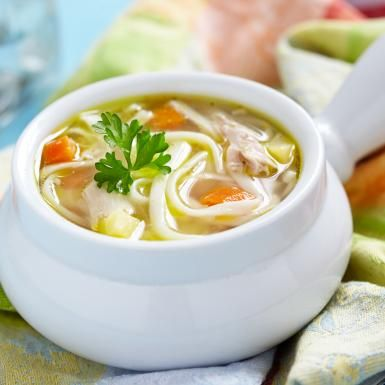 Spicy chicken noodle soup is just one of the many cheap and healthy recipes I've found on http://www.eatbetterfeelbetter.co.uk/