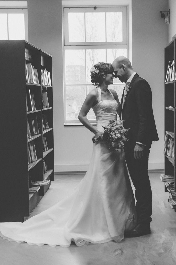 Bruiloft Veenendaal Fotografie Trouwen Cultuurfabriek Bibliotheek // Wedding Photography in Library