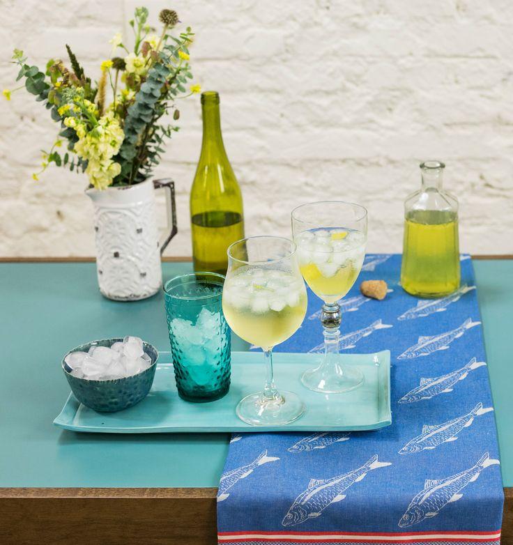 Limoncello spritz | Receita Panelinha: O limoncello caseiro é a base deste drinque que a gente prepara num segundinho de nada!