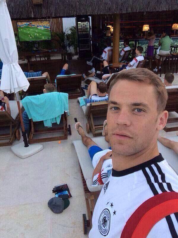Manuel Neuer's World Cup Seflie.
