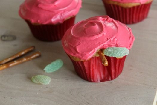 apple cupcakes.  I'd probably make them apple flavored personally.