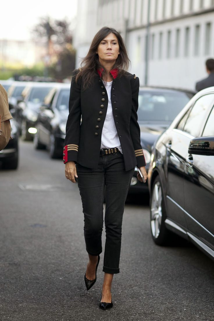 The Front Row View: How to Steal Emmanuelle Alt's Signature Off-Duty Style