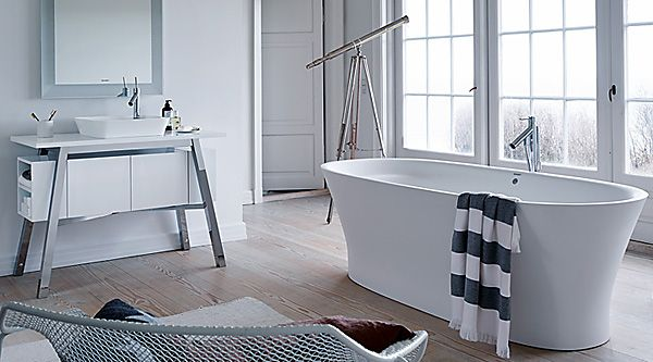 1000 ideas about cape cod bathroom on pinterest white. Black Bedroom Furniture Sets. Home Design Ideas