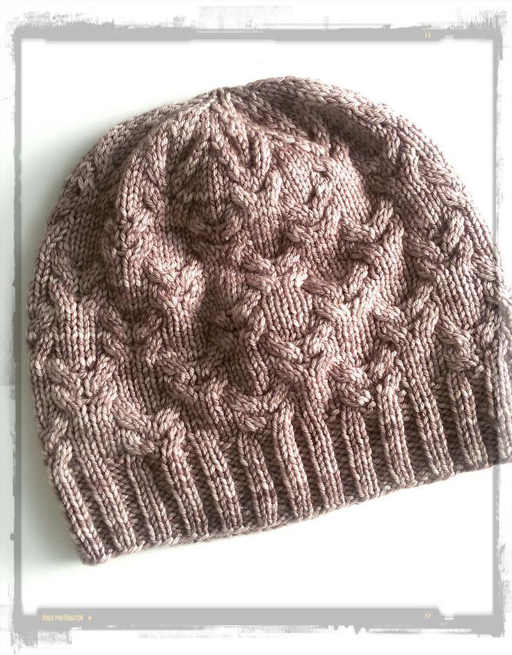 Ravelry: Nine hat pattern by Annarita Ceretti