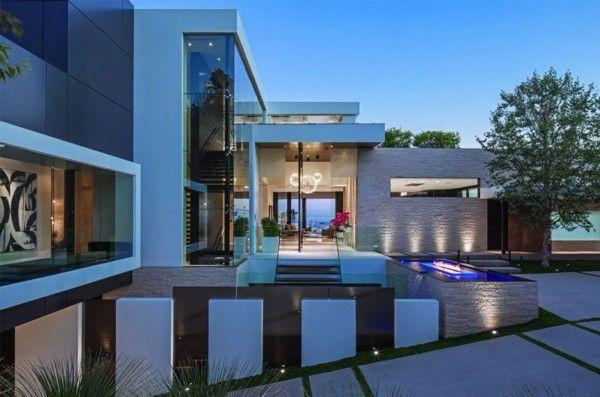 Modern Residence Exterior Design Ideas