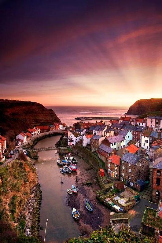 Sunset.. Yorkshire, England... by John Short