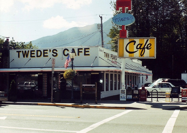 Tweeds Cafe (The Twin Peaks Double R Diner) North Bend, Washington, USA